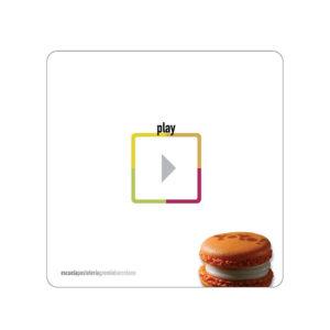 Play är boken från gänget bakom So good magazine skriven av Oliver Fernández, José Romero, Delfin Massó, Sergi Solsona, Baltasar Massot, Jordi Sempere och Paúl Bernal